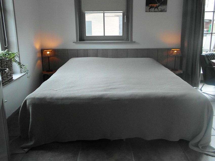 Bed-01